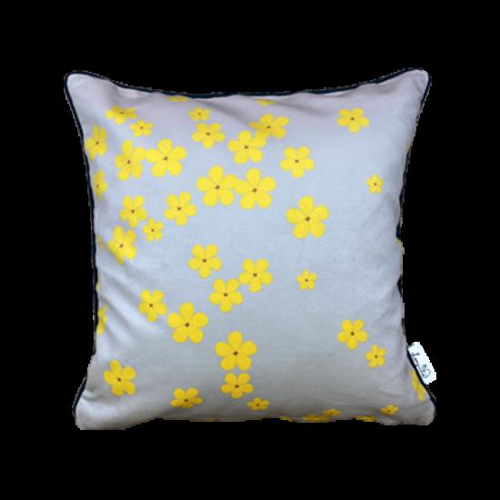 The lemon bloom